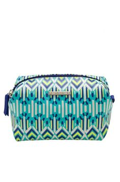 For a chic leather cosmetic bag or clutch purse, discover our Spring Green Pouf at Stella & Dot. Plus, buy two poufs, get the third 50% off! Shop at www.stelladot.com/nicolecordova