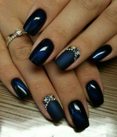 20 Cute and Awesome Nails Design Ideas for Prom 05 Blue And Silver Nails, Navy Nails, Classy Nails, Stylish Nails, Gorgeous Nails, Pretty Nails, Gel Nail Designs, Nails Design, Beautiful Nail Designs