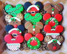 Welcome to Cookie Me Sweet! All of our cookies are made with dough from scratch, hand cut, and hand decorated. We never prepare our dough ahead of time, and we never freeze. Everything is made fresh, just for you and your order. Christmas Cookies Packaging, Cookie Packaging, Christmas Sugar Cookies, Christmas Treats, Christmas Decor, Cookie Party Favors, Fun Cookies, Japanese Christmas Cake, Minnie Mouse Christmas