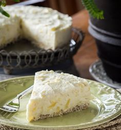 "Raw Pineapple Coconut ""Cheesecake"" by rawmazing Also dairy free! No idea if it would taste good or not..."
