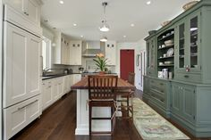 Gallery - Kitchen Remodeler - Kitchen Remodeling - Delaney Kitchen - Kirkland