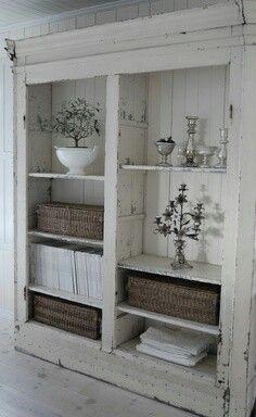 Oude kast zonder deuren ook erg mooi