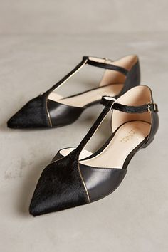 adorable black flats from anthropologie #anthrofaves
