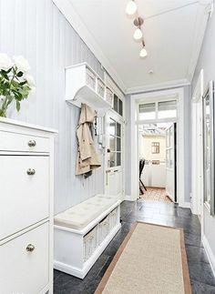 Make Home Easier Ikea Living Room, Living Area, Design Entrée, House Design, Mudroom, Entryway, Foyer, Interior Decorating, Sweet Home
