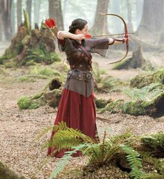 Susan Pevensie (Anna Popplewell) in The Chronicles of Narnia: Prince Caspian Cs Lewis, Costume Viking, Narnia Costumes, Narnia Movies, Susan Pevensie, Little Dorrit, Anna Popplewell, Prince Caspian, Warrior Queen