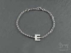 Bracelet with letter E Necklaces, Bracelets, Pendants, Lettering, Chain, Handmade, Jewelry, Hand Made, Jewlery