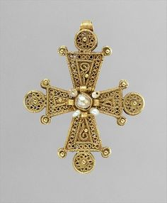 Cross with Pearls, 13th–14th century, from the Byzantine culture
