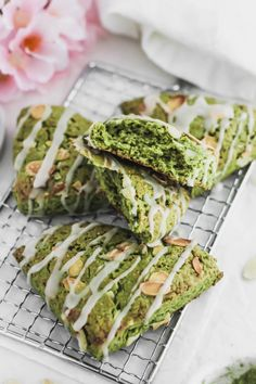 Matcha Almond Scones with Bergamot Glaze Green Tea Recipes, Veggie Recipes, Dessert Recipes, Cooking Recipes, Cake Recipes, Almond Pastry, Tea Snacks, Alcoholic Desserts, Pumpkins