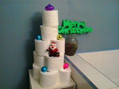 Funky Frugal Mommy Easy and Free bathroom decor! TP Trees!