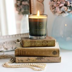 We're heading into our evening with a lit Black Lily Scented candle and our favourite books... what are your plans?  PS this is a sneaky early shot from our upcoming Blogger of the Month feature being revealed on Friday featuring the pastel hued interiors goddess aka @tamsynmorgans. What a dreamy pic thanks Tamsyn. We'll be sharing more of the delightful pics Tamsyn has styled for us over the coming days.  #frenchbedromcompany #pursuepretty #flashesofdelight #shabbychiccouture…