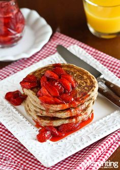 Whole wheat pancakes with fresh strawberry sauce