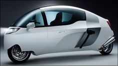 Enclosed Motorcycle: The Peraves MonoTracer
