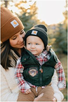 Gerrard Carhartt Beanie Family Pictures Truly Photography Cute Family Pictures Winter Family Pictures Farm Family Pictures
