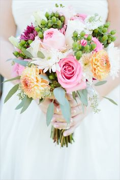 pink and yellow bouquet by Mary Ann Mingo @weddingchicks