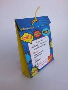 Convite criativo, você pode colocar rechear de guloseimas e encantar  na hora de convidar.  DESCRIÇÃO DO PRODUTO: Produzido em papel mate 120 gramas, impressão com tinta importada a prova d'aguá, aplicação de ilhós frente, fechamento com cordinha.  DIMENSÕES DO PRODUTO:  16,0 cm de altura x 12,0 cm de largura x 4,0 cm de profundidade.  NÃO INCLUSO GULOSEIMAS  QUANTIDADE MÍNIMA PARA PEDIDOS:  20 Unidades  * FAZEMOS ESTE PRODUTO COMO CONVITE TAMBÉM.  INFORMAÇÕES ADICIONAIS  - Pode haver ...