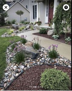 Mulch Landscaping, Landscaping With Rocks, Front Yard Landscaping, Landscaping Ideas, Mulch Ideas, Decorative Rock Landscaping, Landscaping Borders, Decorative Rocks, Fence Ideas