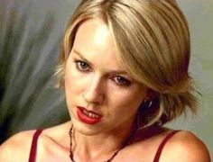 Betty Elms / Diane Selwyn - Mulholland Drive Naomi Watts Hair, Mullholland Drive, Female Movie Characters, Todays Weather, Justin Theroux, David Lynch, Female Actresses, Why People, Cannes Film Festival