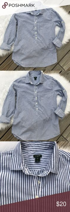 J Crew Popover Top Size XS Long sleeves, blue and white stripes,cotton top. Breezy thin cotton that's perfect for spring.❤️ J. Crew Tops