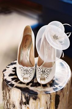amazing. i NEED these butterfly shoes for my wedding (whenever that may be)!!!