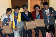 One Direction - 'X Factor' Contestants Sighting in London - October 31, 2010