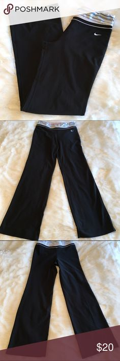 """🆕Nike Dri Fit Workout Pants Nike Dri Fit workout pants with striped banded waist. Small pocket inside waistband. Flared legs, 31"""" inseam. Size S (4/6). In great preloved condition. ❌NO TRADES ❌NO LOWBALLING❌ Nike Pants Track Pants & Joggers"""