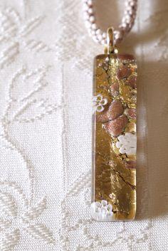 組紐&ヴェネツィアンガラスコラボネックレス 「 Madame Butterfly 」 | ハンドメイドマーケット minne Japanese Kimono, Minne, Dog Tags, Dog Tag Necklace, Pendant Necklace, Accessories, Jewelry, Jewlery, Jewerly