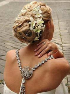 Beautiful bridal hair ♥