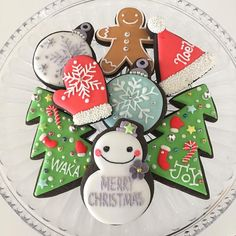 クリスマス★アイシングクッキー Christmas Cookies, Merry Christmas, Christmas Ornaments, Sugar Icing, Character Cakes, Sugar Craft, Sugar Cookies, Seasons, Holiday Decor