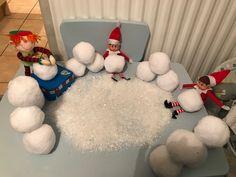 Ornament Wreath, Ornaments, The Elf, Bob, Wreaths, Home Decor, Decoration Home, Room Decor, Bob Cuts