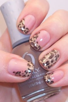 Leopard French Manicure (this would be so easy with those nail stickers)