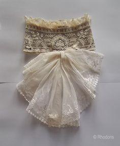 Antique Lace jabot 1900-05