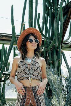 ╰☆╮Boho chic bohemian boho style hippy hippie chic bohème vibe gypsy fashion indie folk the . Gypsy Style, Boho Gypsy, Hippie Style, Bohemian Style, Boho Chic, My Style, Hippie Bohemian, Music Festival Outfits, Festival Fashion