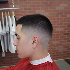 Faded Under-Cut Short Hairstyles for Men with Fine Hair Hipster Haircut, Hipster Hairstyles, Short Hairstyles For Women, Haircuts For Men, Hairstyles 2018, Men's Hairstyles, Medium Hairstyles, Wedding Hairstyles, High Skin Fade Haircut