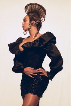 Beyonce Fans, Beyonce Style, Queen Bee Beyonce, Estilo Beyonce, Beyonce Coachella, Brown Skin Girls, Solange Knowles, African Culture, Girl Gifs