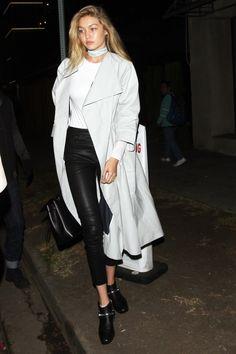 Gigi Hadid's Statement Choker Proves Runway Trends Can Be Worn Everyday : Teen Vogue waysify