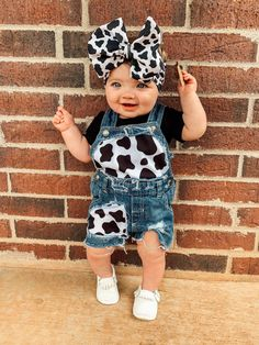 Western Baby Girls, Western Baby Clothes, Baby Kids Clothes, Country Baby Boys, Cute Little Girls Outfits, Cute Little Baby, Toddler Outfits, Kids Outfits, Baby Outfits