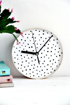 DIY Dotted Wall Clock - 45 DIY Polka Dot Crafts You Haven't Did Before - DIY & Crafts