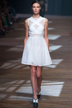 Yigal Azrouël Spring 2014 Ready-to-Wear Collection Slideshow on Style.com tennisnet