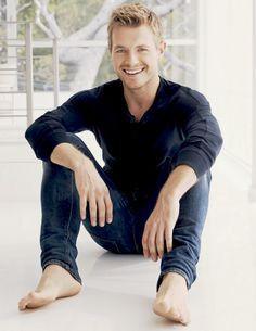 Rick Cosnett Central - cw-shows:   So if you could have any super power,...