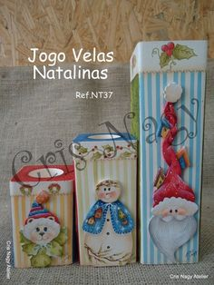 JOGO VELAS NATALINAS - CRIS NAGY ATELIER Christmas Candle Decorations, Christmas Candle Holders, Beaded Christmas Ornaments, Christmas Signs, Christmas Fun, Decorative Painting Projects, Tole Decorative Paintings, Diy Painting, Tole Painting