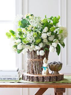 Easter Floral Arrangements – Easter Tablescape Ideas - Good Housekeeping