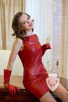 Be unique with Mariela Pokka luxury fashion