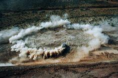De woestijn is het canvas in de fotoserie 'BLAST' | The Creators Project