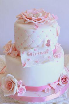 Torta Battesimo con rose e farfalle Chistening cake