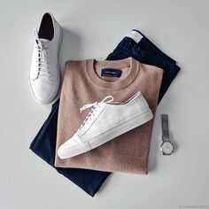 pulls for men inspiration grid style outfits mens outfit men's fashion style inspiration casual style Trendy Mens Fashion, Stylish Mens Outfits, Casual Outfits, Men Casual, Fashion Outfits, Men's Fashion, Look Man, Outfit Grid, Mens Style Guide