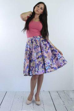 Rozkloszowana+spódnica+midi+/+kolorowa+w+Kalos+Kagathos+na+DaWanda.com