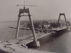 Nieuwe Willemsbrug in aanbouw.