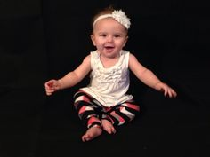 Pink Coral, Gray, Black and White zigzag baby leggings/children leggings    These soft baby Leggins are very soft and comfy for your little one.