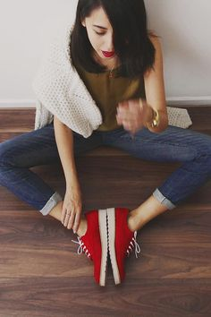 Shop this look on Kaleidoscope (sneakers, jeans)  http://kalei.do/X3k3idNO59oquY2R