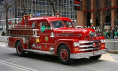 A VINTAGE SEAGRAVE FIRE ENGINE
